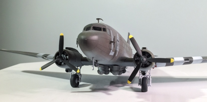 Modeling 1LT Dick Winters D-Day C-47: Complete